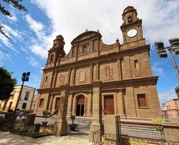 iglesia matriz de santiago de los caballeros en Galdar